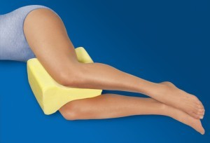 knee and leg positioner pillow